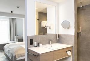 Hohe Salve bath room 4